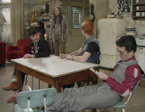 Screenshot from Young Ones episode Bambi, showing normal set orientation